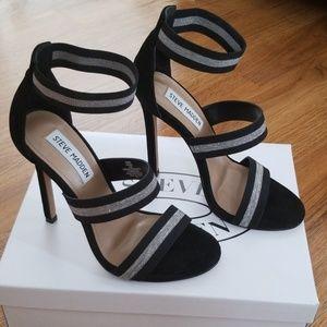 Blk/silver,  Steve  Madden heels